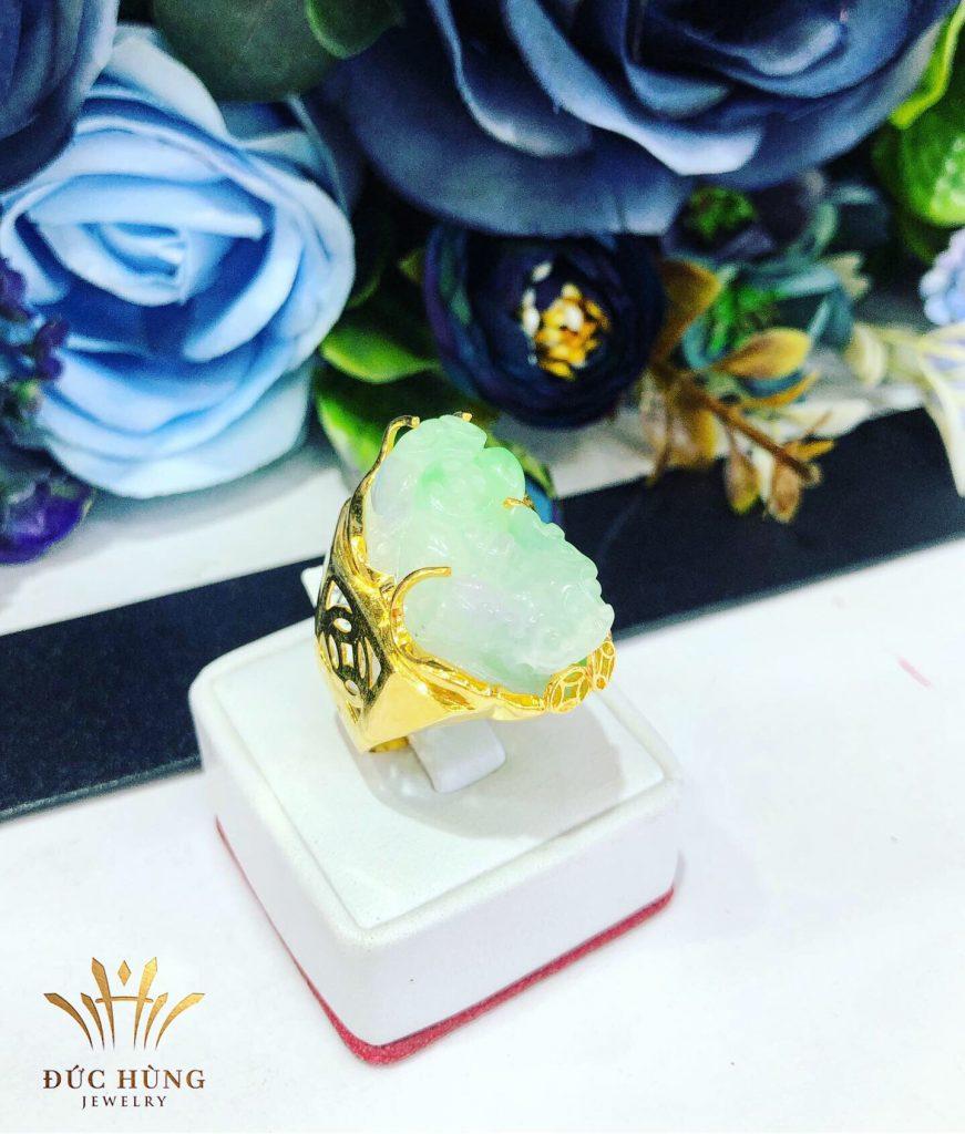 Nhẫn vàng nam đá xanh tỳ hưu