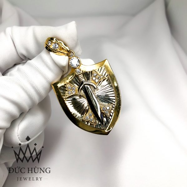 Mặt dây chuyền nam vàng kiếm