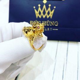 Nhẫn vàng nam hình rồng cuốn hút