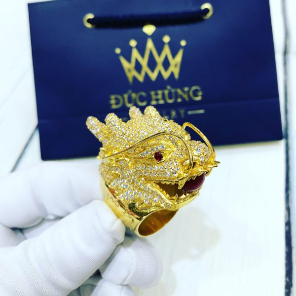 Nhẫn vàng nam hình đầu rồng mạnh mẽ