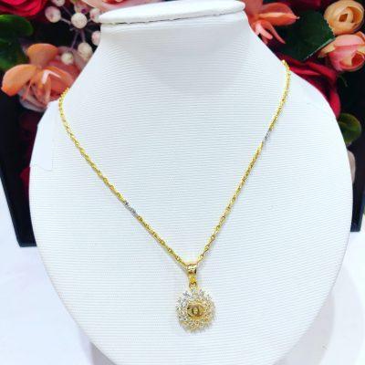 Các kiểu mẫu dây chuyền vàng Gucci 2019