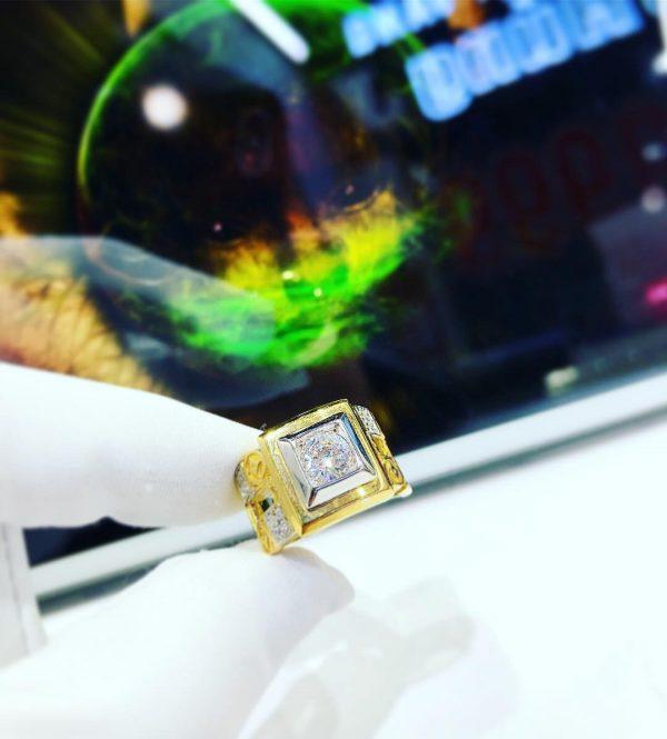 Nhẫn vàng nam 18k đính đá trắng