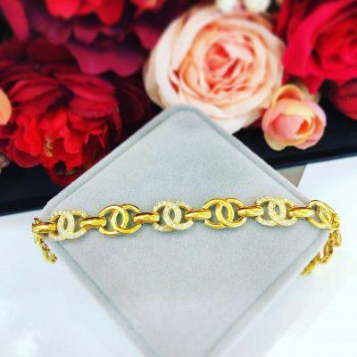 Lắc tay nữ vàng chanel