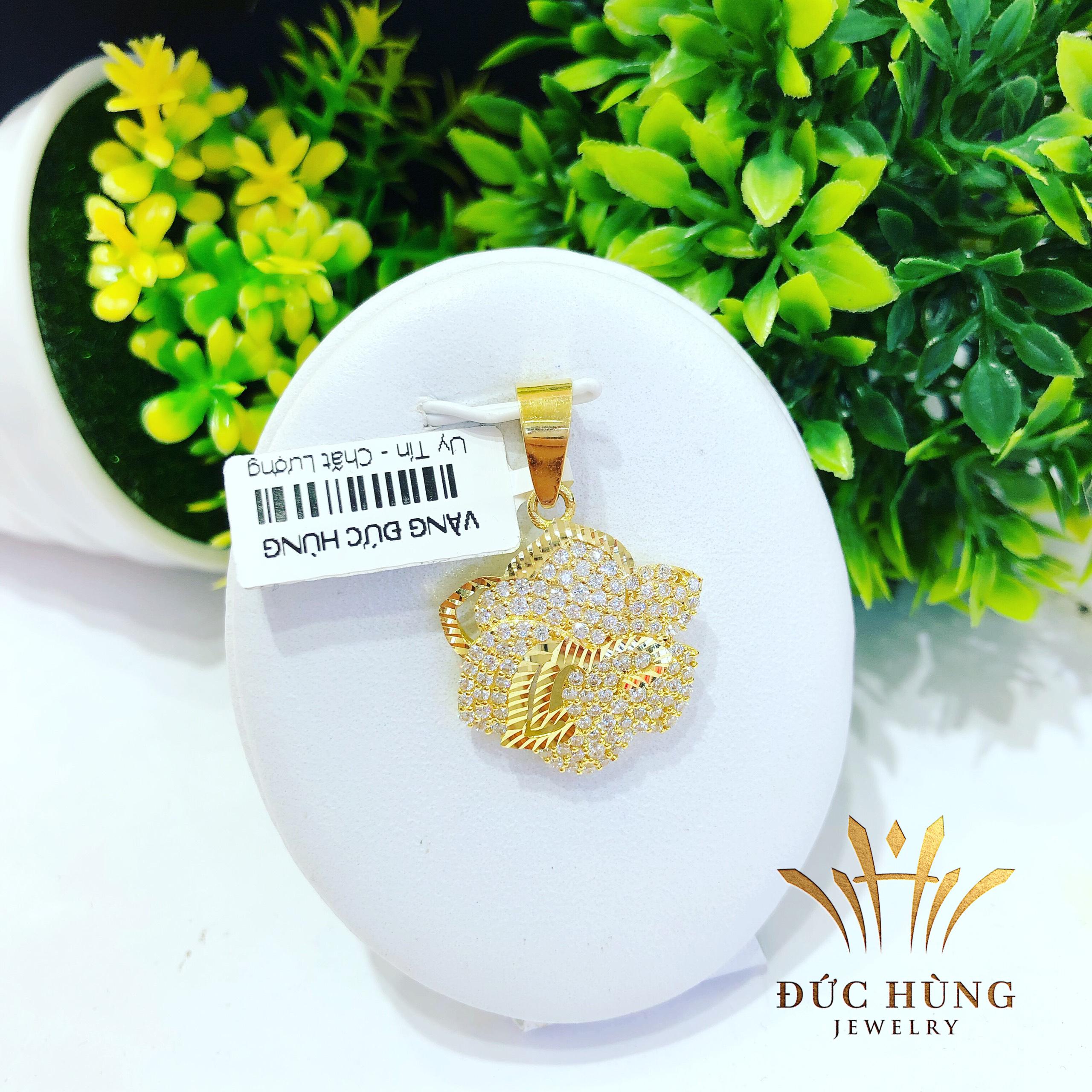 Mặt dây chuyền vàng cánh hoa lưới