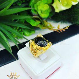 Nhẫn vàng nam đá tròn đen