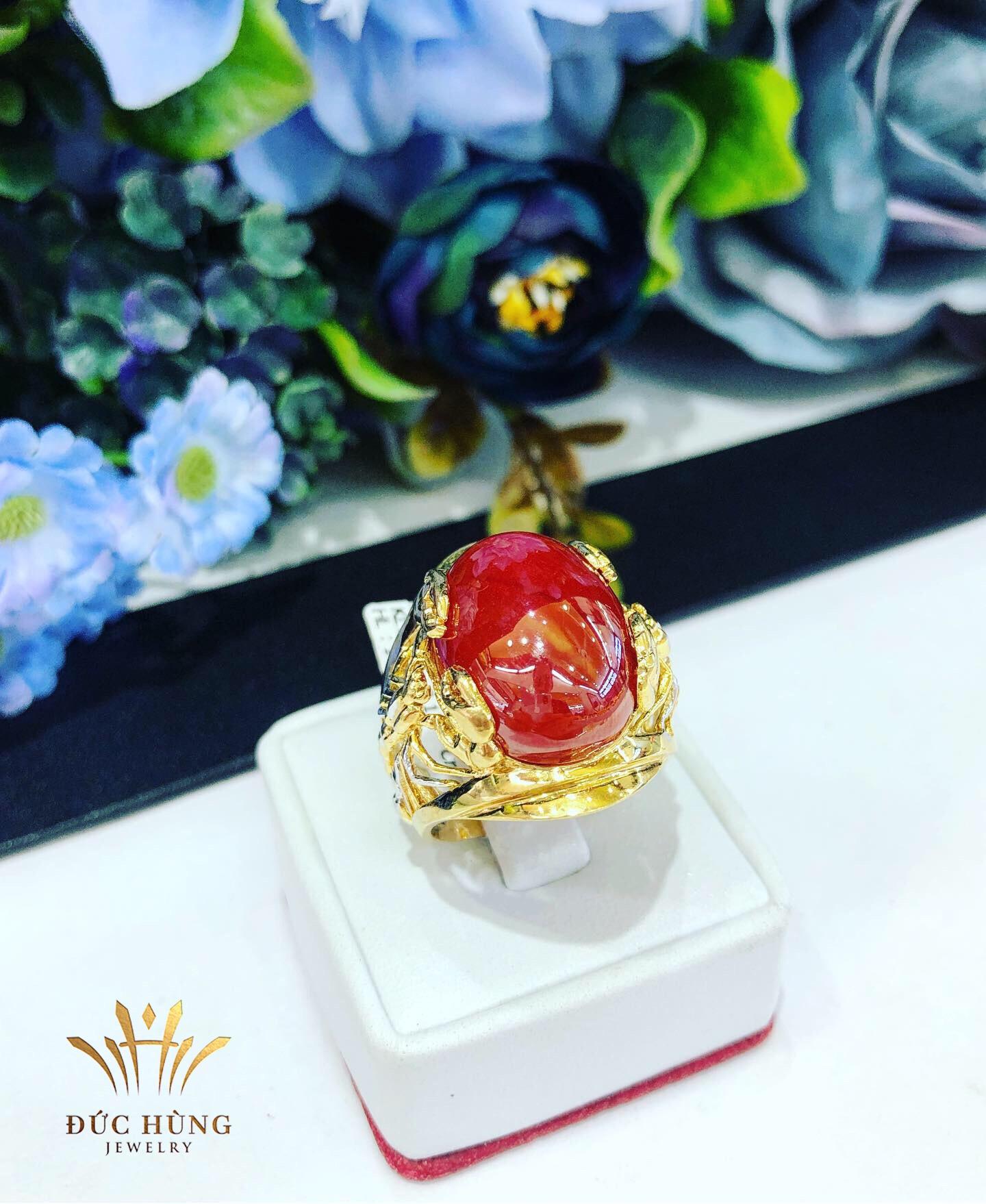 Nhẫn vàng nam đá đổ ruby