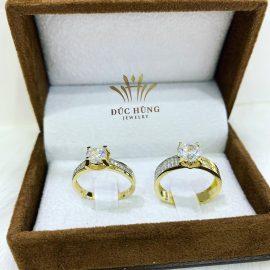 Nhẫn cưới nữ 18k vàng đính đá