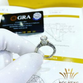 Nhẫn kim cương vàng trắng 18k
