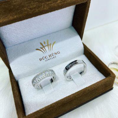 Nhẫn đôi vàng trắng đính đá 18k