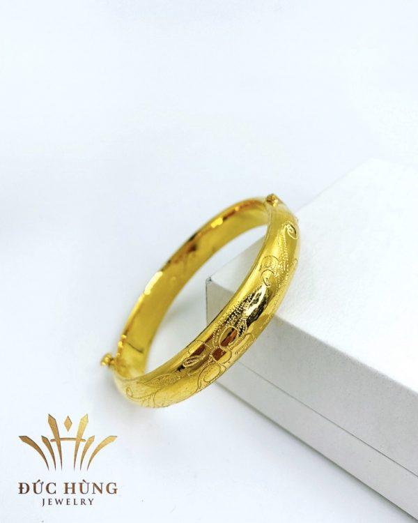 Lắc tay vàng cô dâu đẹp